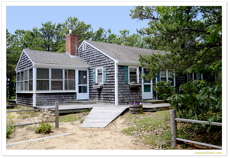home in for ma cottage over sits one dennis lot acre id rent vacation cod rental cape back on large cottages